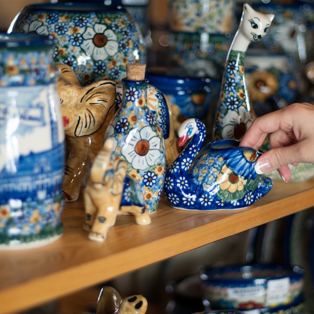 olmedia Polish Pottery Retail Store