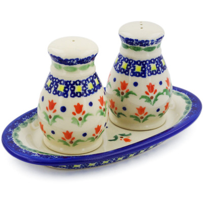 Polish Pottery 3-Piece Salt and Pepper Set with Tray Cocentric Tulips