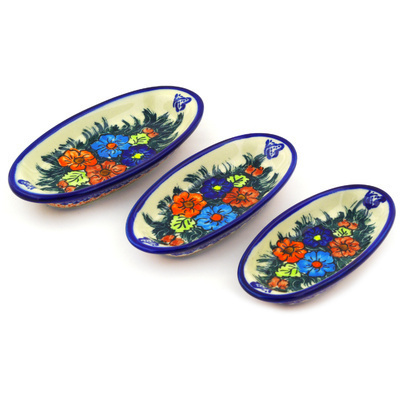 Polish Pottery Condiment set of 3 nesting dishes: 7¼-inch, 6½-inch, 5¾-inch Butterfly Splendor UNIKAT