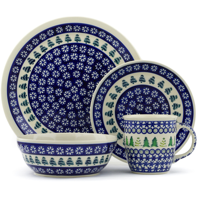 "Polish Pottery Place Setting 11"" Snowflakes And Pines"