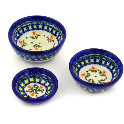 Polish Pottery Set of 3 Nesting Bowls Small Cocentric Tulips